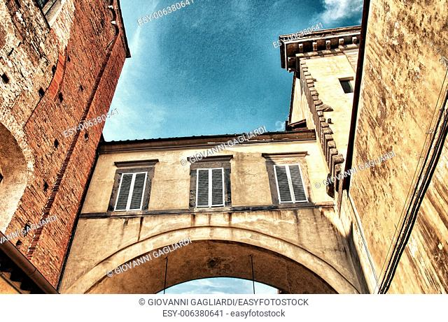 Wonderful medieval architecture in Lucca - Tuscany