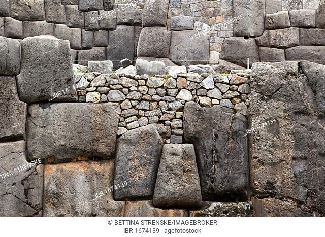 Ancient Inca stone wall, Sacsayhuaman or Saqsaywaman near Cusco or Cuzco, Peru, South America