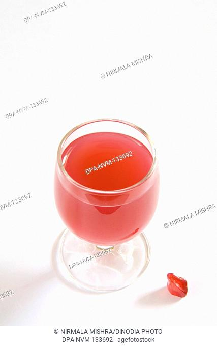 Drinks , Pomegranate seed Anardana with glass of pulp good for health