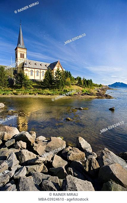 Scandinavia, Norway, Lofoten, Kabelvag, church Vagan, waters, landscape