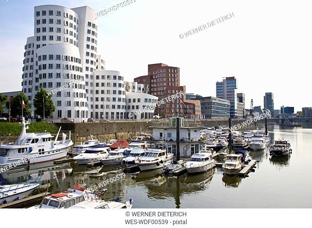 Germany, North-Rhine-Westphalia, Duesseldorf, View of Media Harbour