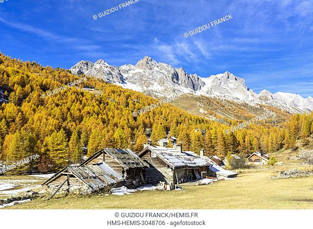 France, Hautes Alpes, Brianconnais in fall, Claree valley