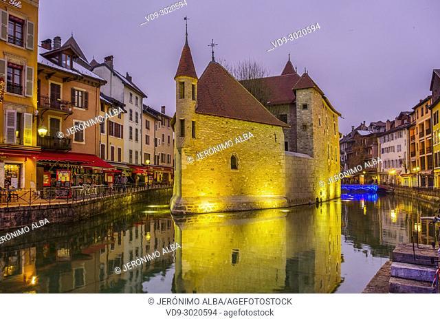 Palais de l'Isle, Canal de Thiou,Annecy old town at dusk. Annecy, France, Haute-Savoie, Rhone-Alpes, Europe