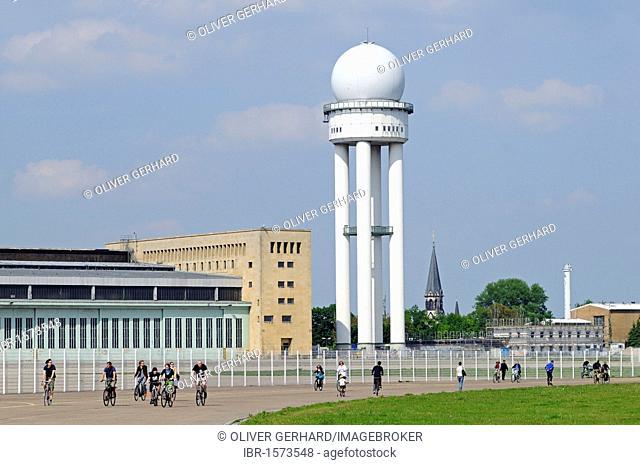 Radar tower of Tempelhof Airport, handed over to the public in May 2010, Tempelhofer Feld between the Tempelhof, Neukoelln and Kreuzberg districts, Berlin