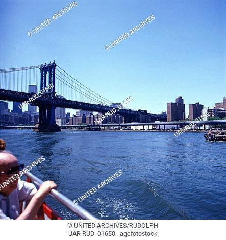 Aussicht auf die Manhattan Bridge, New York City, New York, USA 1980er Jahre. View of the Manhattan Bridge, New York City, New York, USA 1980s