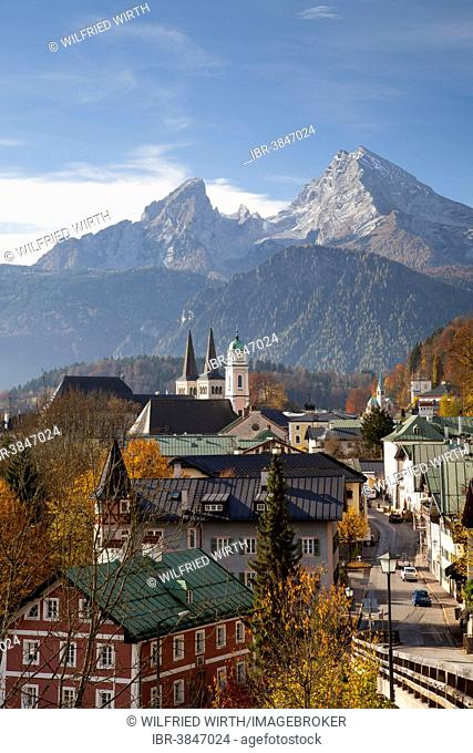 Townscape with the Parish Church of St. Andrew and the Collegiate Church of St. Peter and St. John the Baptist, Watzmann Mountain, Berchtesgaden
