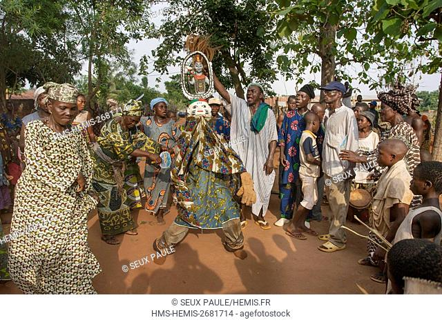 Benin, south-east region, Ketou, Gélédé classified as an Intangible Heritage of Humanity, in Ketou at the Yoruba, the mask is surmounted by characters sometimes...