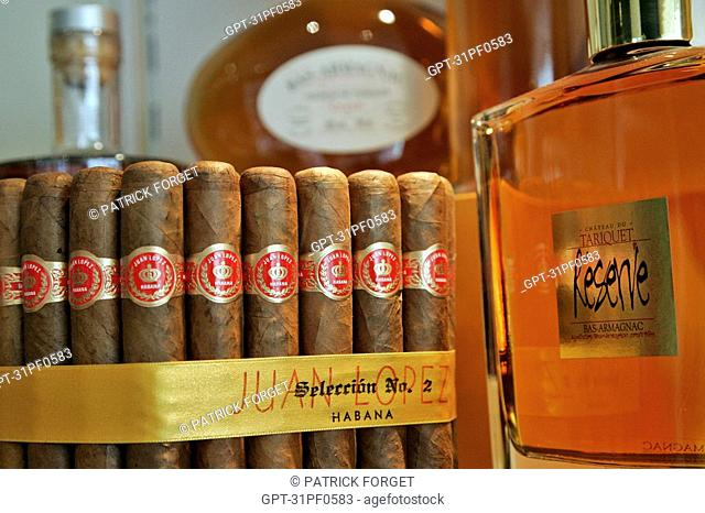 BOX OF CIGARS AND BOTTLE OF ARMAGNAC, TOBACCONIST'S 'LA LICORNE', TOULOUSE, HAUTE-GARONNE 31, FRANCE