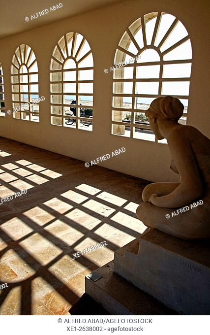 Sculpture, Vil.la Casals, Pau Casals Museum, El Vendrell, Tarragona, Catalonia, Spain