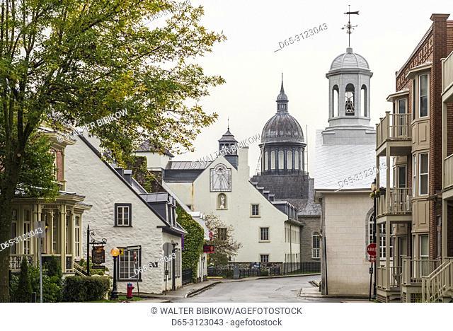 Canada, Quebec, Mauricie Region, Trois Rivieres, churches along Rue des Ursulines