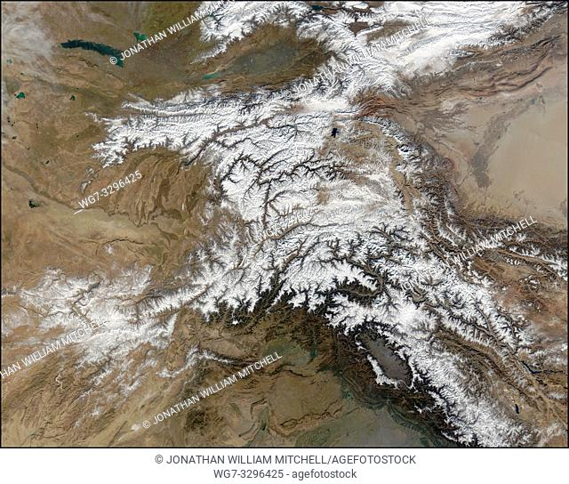 EARTH Central Asia -- 28 Nov 2003 -- Once used by Alexander the Great in his effort to conquer the known world, the high-altitude passes of the Hindu Kush...
