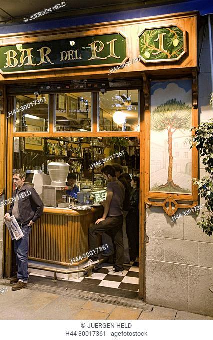Spain, Catalonia, Catalunya, Barcelona, Barri Gotic, Bar del Pi , Placa de Sant Josep Oriol