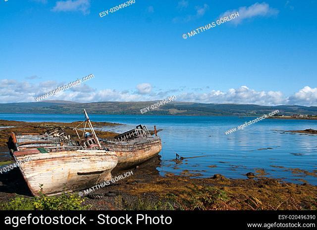 Verrottete Fischerboote - Isle of Mull -