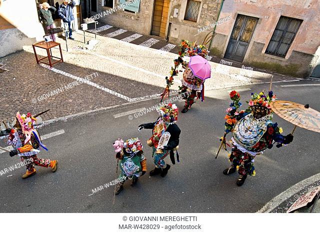 carnevale di schignano, lombardia, italia