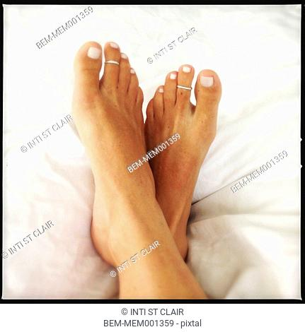 Close up of Caucasian woman's feet