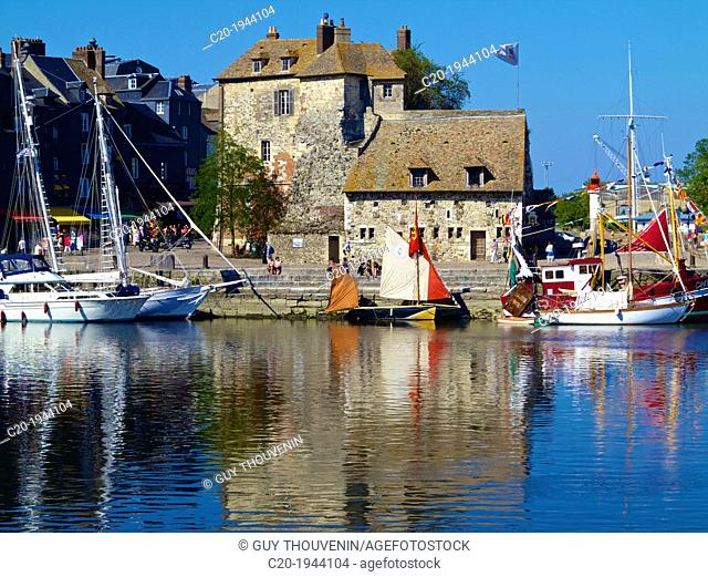 The Old Dock with pleasure boats moored, and Saint Catherine quay and the Governor's house ( Lieutenance ) in the background), Honfleur, Auge region, normandy