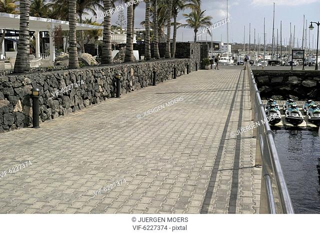 04.03.2017, Spain, Lanzarote: emty street place Free space . - L, Spain, 04/03/2017