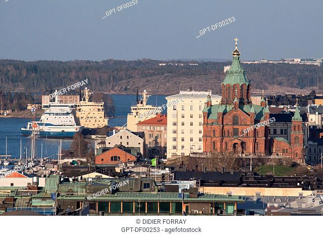 VIEW OF THE PORT OF HELSINKI WITH ICEBREAKERS AND THE ORTHODOX CATHEDRAL OUSPENSKI, USPENSKIN KATEDRALI, HELSINKI, FINLAND, EUROPE