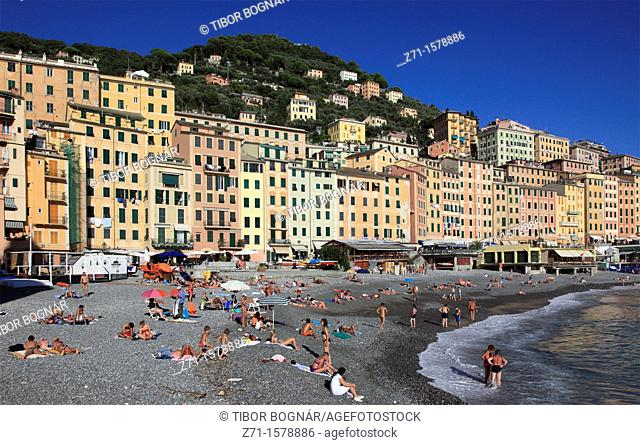 Italy, Liguria, Camogli, beach, people
