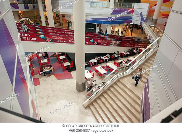 Mall, Christmas, Alicante (Spain)