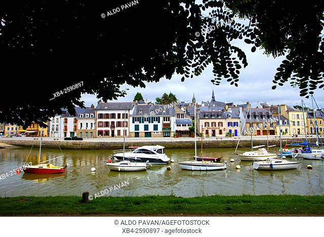 Ancient port of Saint Goustan by Auray river, Auray, Brittany, France