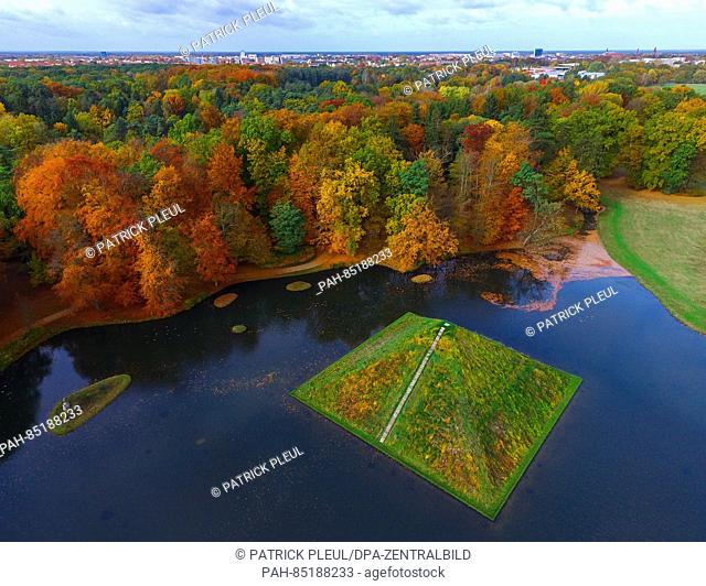 An aerial photo with a drone shows the lake pyramid in autumnal Fuerst Pueckler Park near Cottbus, Germany, 29 October 2016