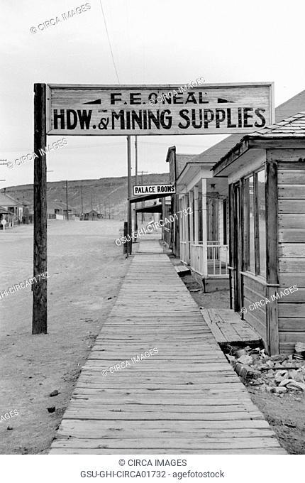 Board Sidewalk, Goldfield, Nevada, USA, Arthur Rothstein for Farm Security Administration (FSA), March 1940