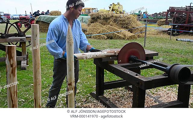 Making of fence poles