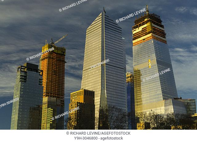 10 Hudson Yards, center, and other Hudson Yards development in New York at sunset on Wednesday, December 20, 2017