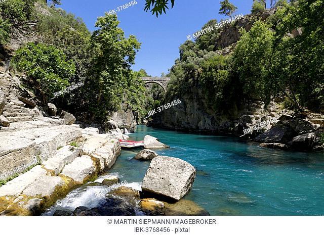 Köprüçay River or Eurymedon River, Roman bridge Oluk Köprü or Eurymedon Bridge at back, Köprülü Canyon National Park, Antalya Province, Turkey