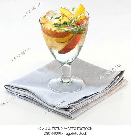 White 'sangria' with peach