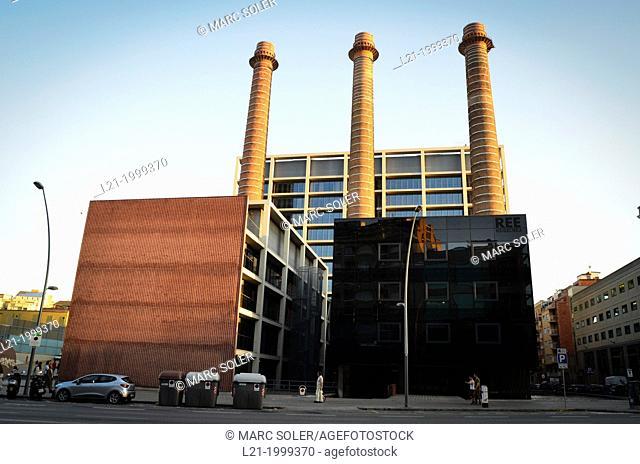 'Tres Xemeneies' former industrial complex. FECSA-ENDESA electric company office building. Avinguda del Paral·lel, Barcelona, Catalonia, Spain