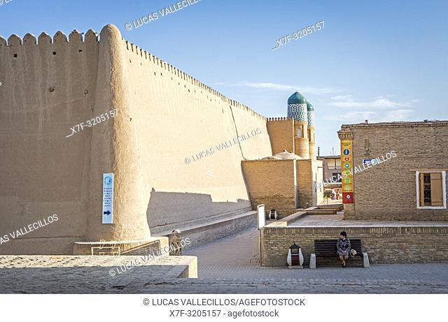 Walls of Kuhna Ark, Street scene in Ichon-Qala or old city, Khiva, Uzbekistan