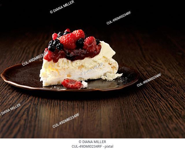Plate of fruit pavlova