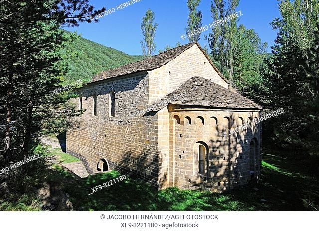 Romanesque church of San Adrián de Sásabe. Pirineos mountains. Borau. Huesca province. Aragón. Spain