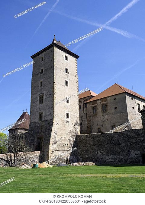 Water Castle Svihov, the dominant main tower and the South Palace. (CTK Photo/Roman Krompolc)