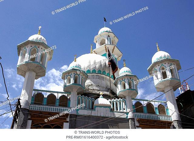 Mosque, Leh, Main Street, Jammu and Kashmir, India / Moschee, Leh, Hauptstraße, Jammu und Kashmir, Indien