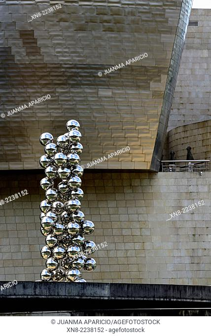 Tall Tree and the Eye in the Guggenheim Museum, Bilbao, Biscay, Basque Country, Euskadi, Spain, Europe