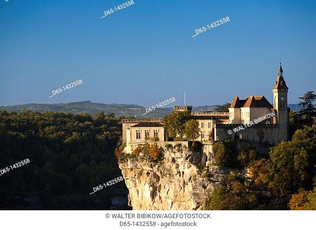 France, Midi-Pyrenees Region, Lot Department, Rocamador, elevated town view, morning