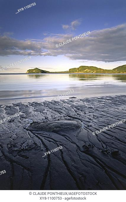 Low-tide-Erosion, Bic-National-Park, Québec, Canada