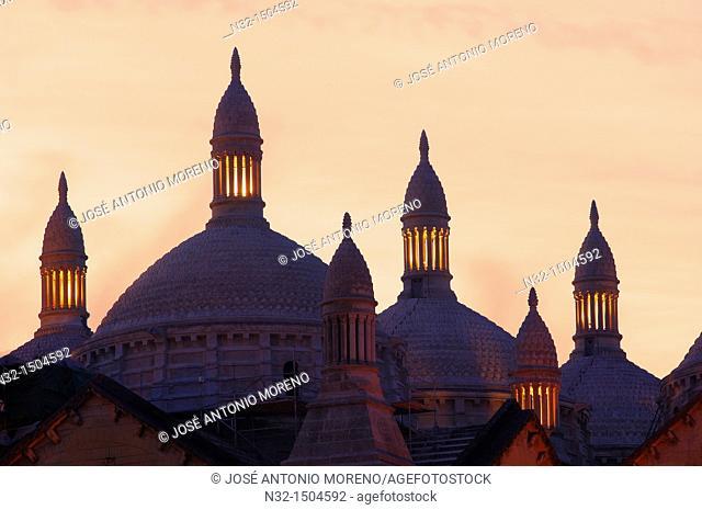 Perigueux, Saint Front Cathedral, UNESCO World Heritage site, Perigord Blanc, Dordogne, Aquitaine, France
