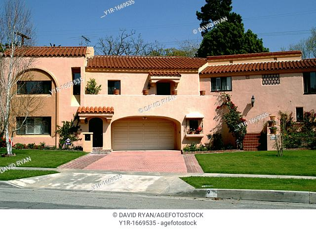 USA, California, Toluca Lake, A typical 'Mission' style home