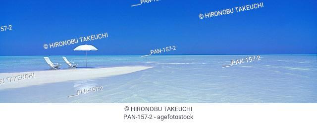 Beach Scene, Digufinolhu, Maldives, No Release