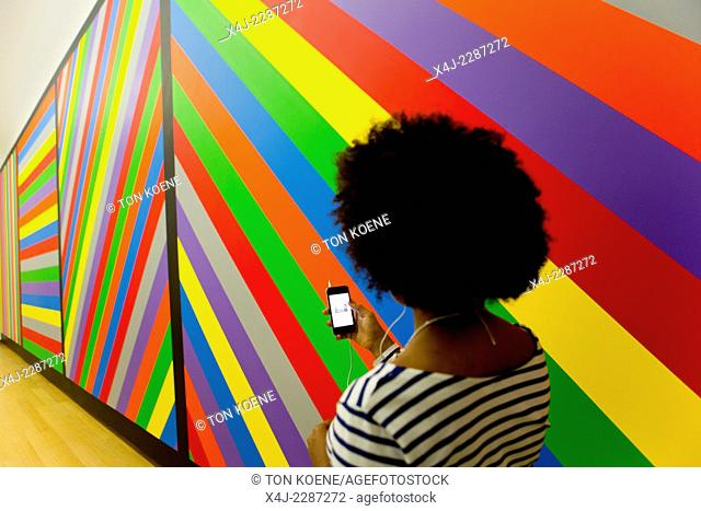 sol lewitt, wall drawing #1084. The stedelijk museum launched an mood app (sad, happy, hangover, in love, afraid, mysterious)