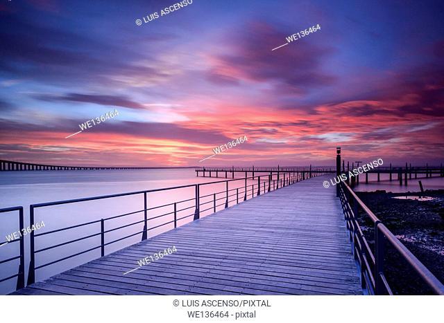 Sunrise in Tejo river, Lisboa, Portugal, Parque das Nações, long exposure