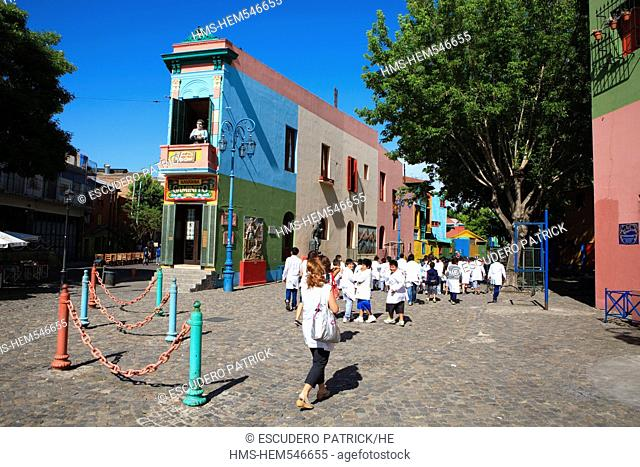 Argentina, Buenos Aires, La Boca district, colourful building of Caminito street