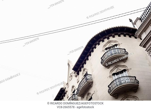 Detail of a modernistic building in calle la Paz (Paz street). Valencia, Spain