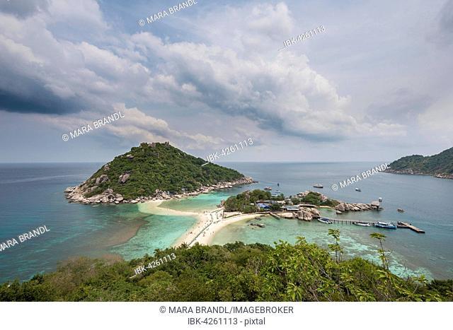 View of Koh Nang Yuan, also Nangyuan, Koh Tao, Gulf of Thailand, Thailand