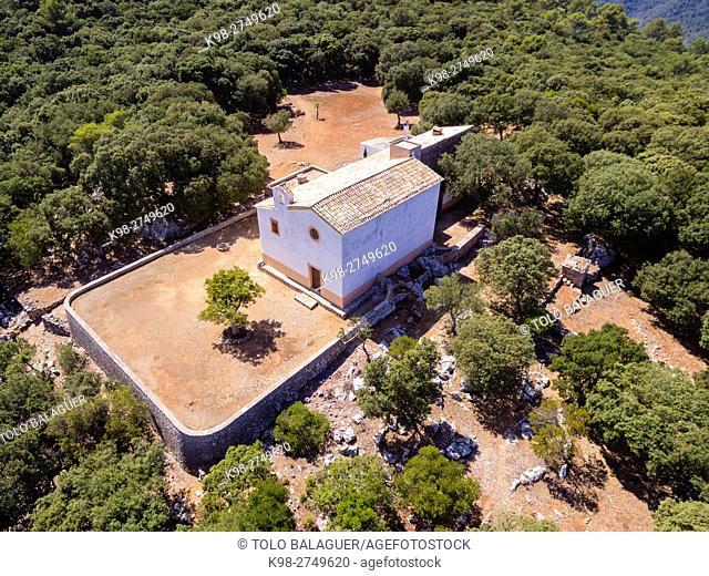 ermita de Maristel·la , santuario dedicado a la Virgen del Carmen, fundado en 1890, bosque de Son Ferra, Esporles,sierra de Tramuntana, Majorca