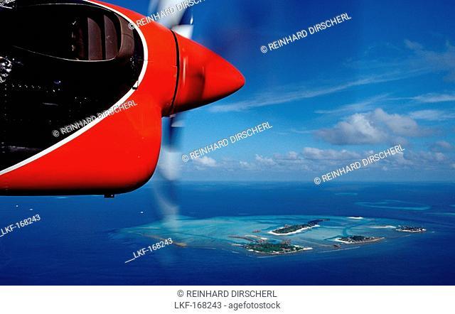 Aerial View of Maldives, Maldives, Indian Ocean, South-Male Atoll, Dhigufinolhu, Veligandu, Bodu Huraa